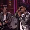 "Mark Ronson & Mystikal Perform ""Feel Right"" On Jimmy Fallon"