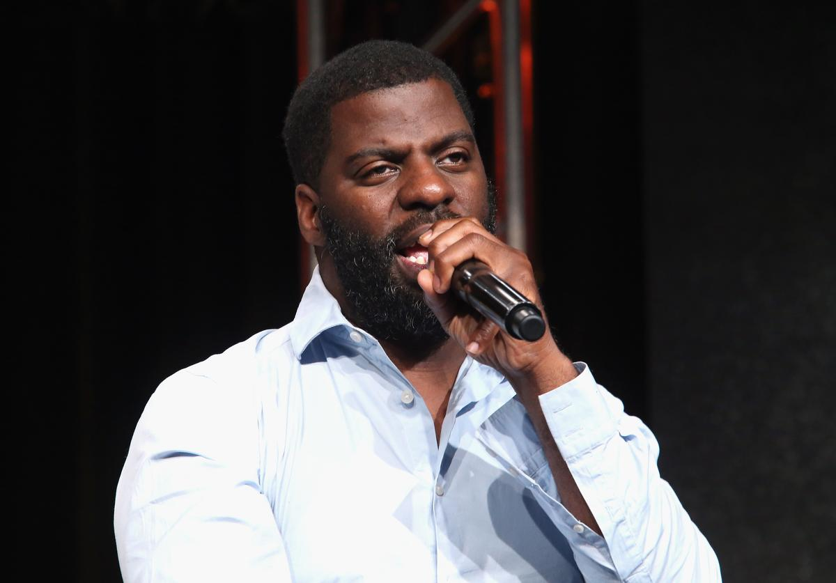 Hip-hop artist, songwriter and activist Che 'Rhymefest' Smith performs onstage during the 'POV 'All the Difference'' panel discussion at the PBS portion of the 2016 Television Critics Association Summer Tour at The Beverly Hilton Hotel on July 29, 2016 in Beverly Hills, California.
