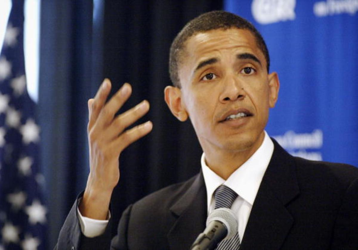 Democratic candidate for U.S. Senate, Barack Obama, gestures as he speaks to members of the Chicago Council on Foreign Relations July 12, 2004 in Chicago, Illinois.