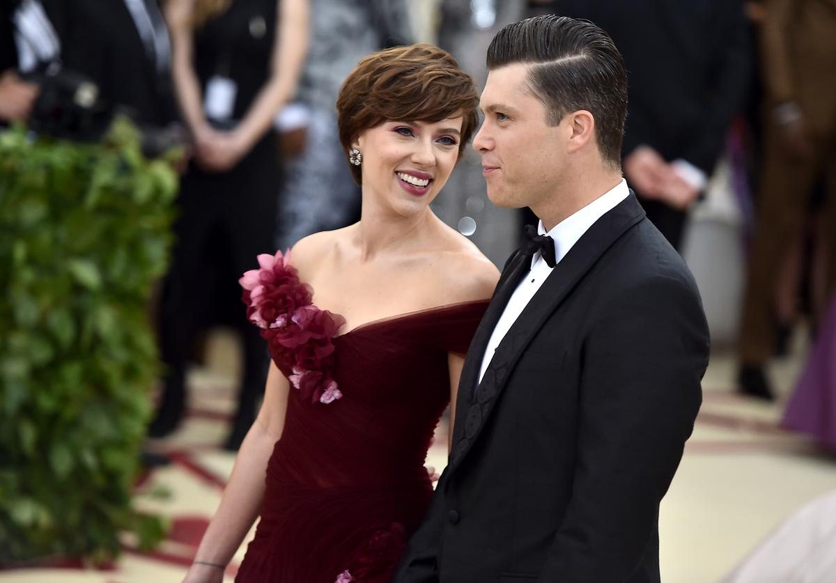 Scarlett Johansson and Colin Jost attend the Heavenly Bodies: Fashion & The Catholic Imagination Costume Institute Gala at The Metropolitan Museum of Art on May 7, 2018 in New York City.