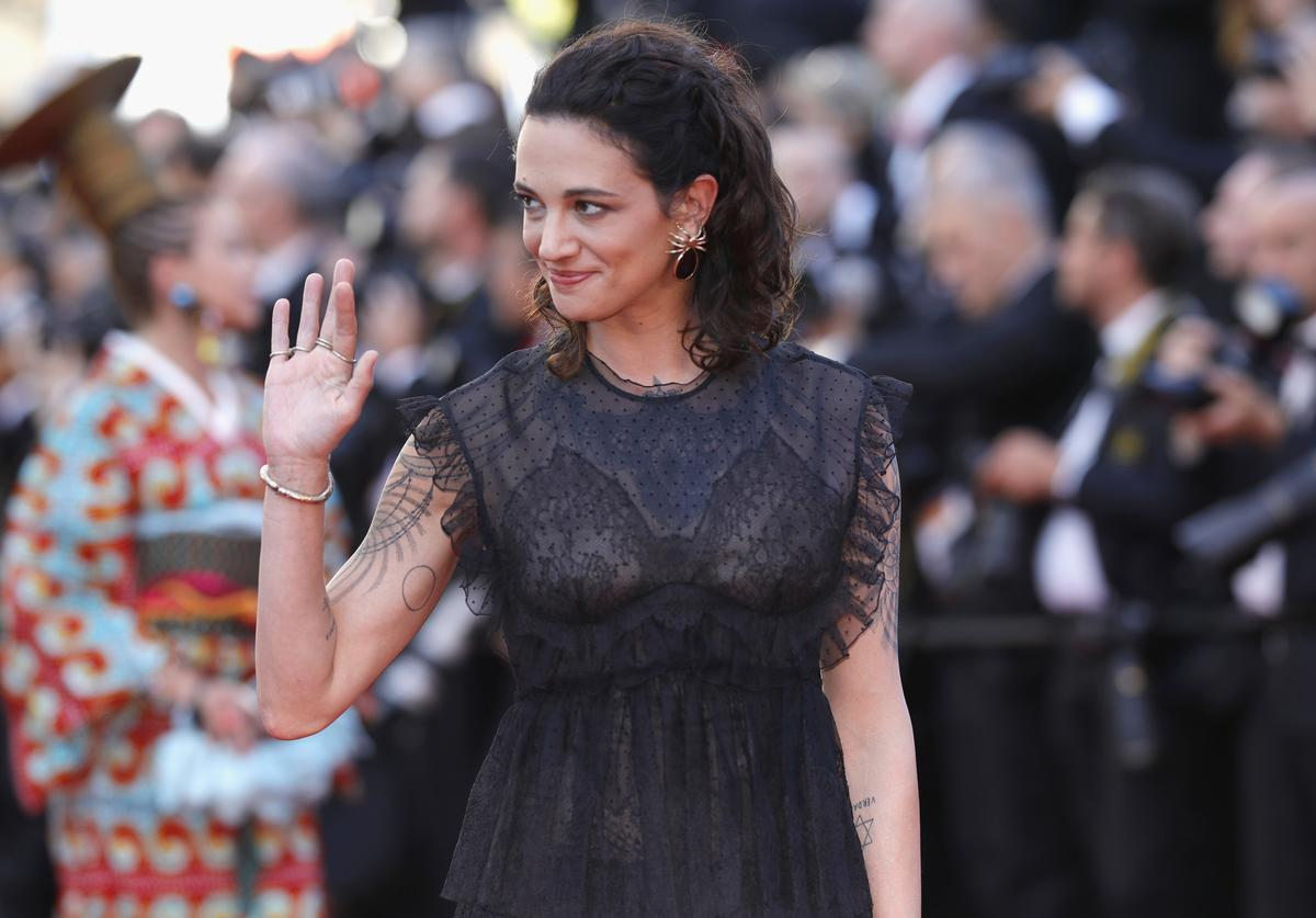 Asia Argento attends the 'Ismael's Ghosts (Les Fantomes d'Ismael)' screening and Opening Gala during the 70th annual Cannes Film Festival at Palais des Festivals on May 17, 2017 in Cannes, France.