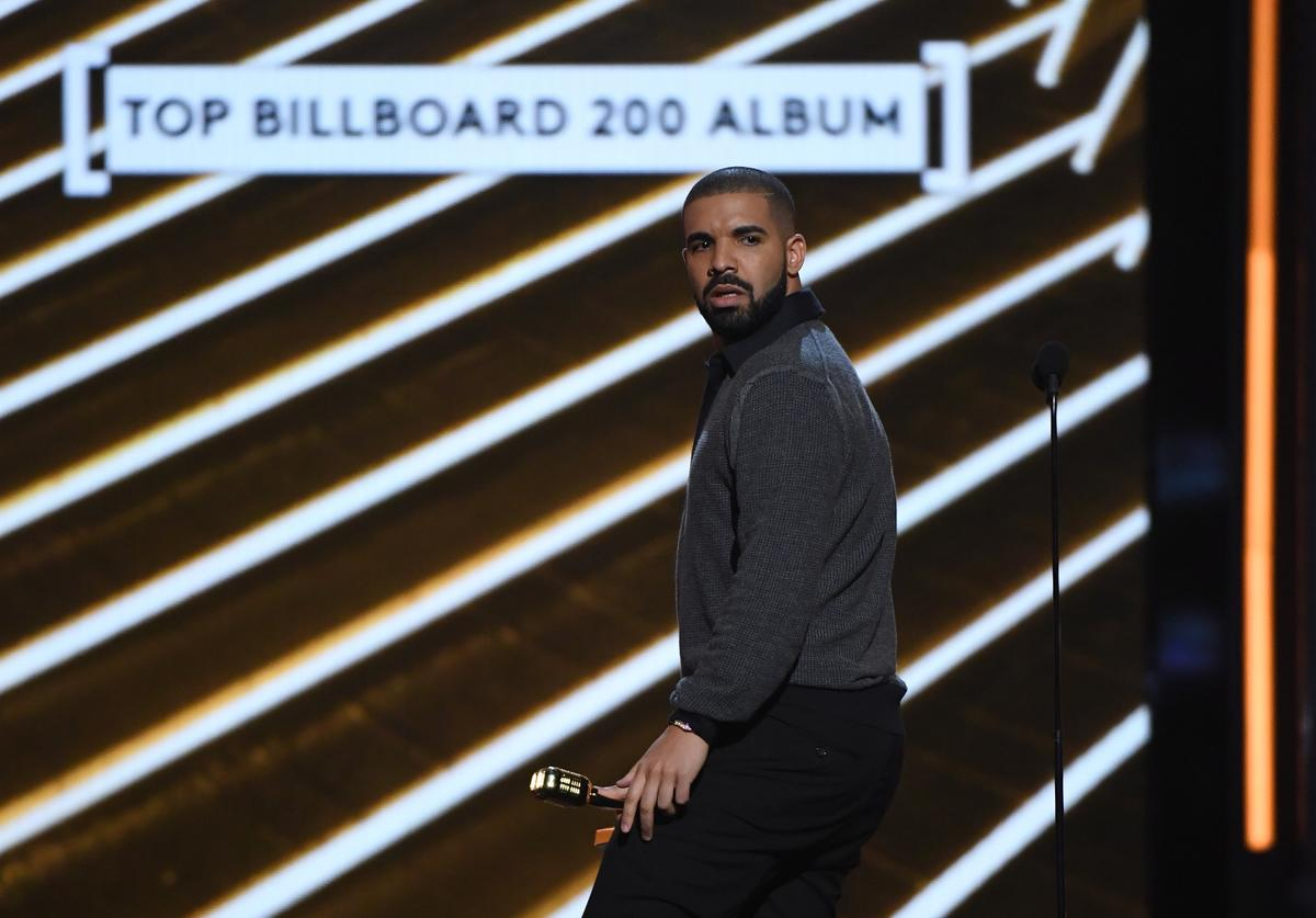 Drake accepts the Top Billboard 200 Album award for 'Views' during the 2017 Billboard Music Awards at T-Mobile Arena on May 21, 2017 in Las Vegas, Nevada