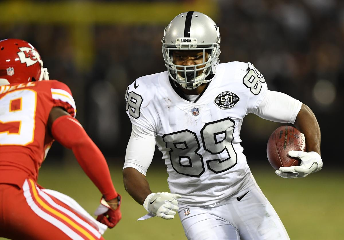 Amari Cooper #89 of the Oakland Raiders runs after a catch against the Kansas City Chiefs during their NFL game at Oakland-Alameda County Coliseum on October 19, 2017 in Oakland, California.