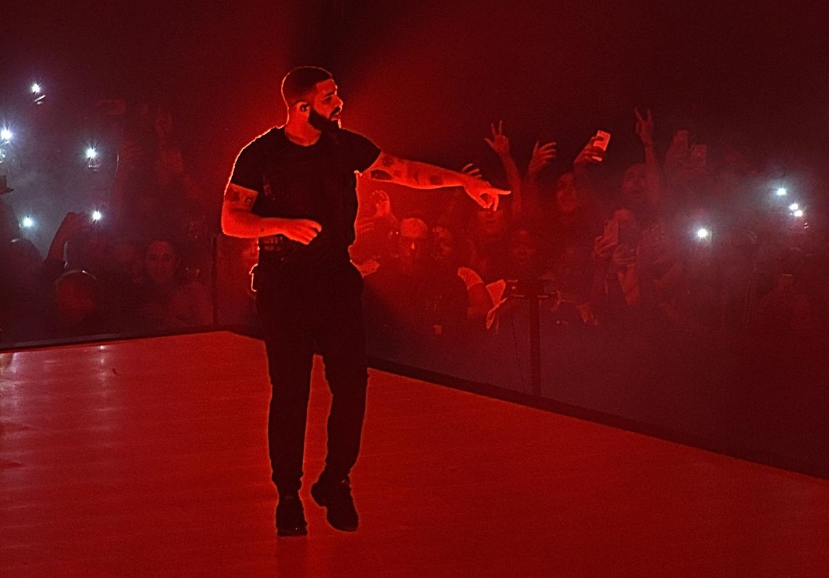 Drake performs onstage at Madison Square Garden on August 25, 2018 in New York City