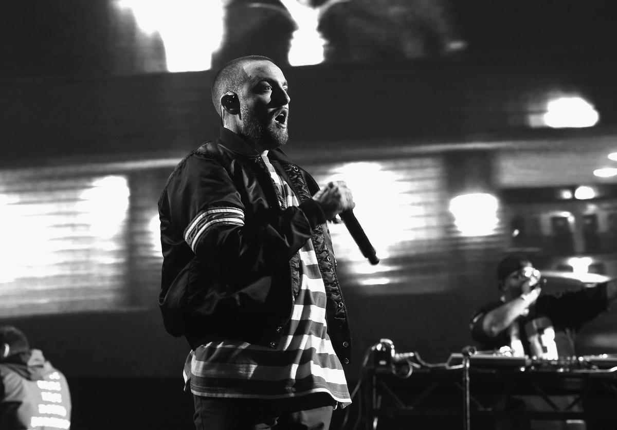 Mac Miller performs on Camp Stage during day 1 of Camp Flog Gnaw Carnival 2017 at Exposition Park on October 28, 2017 in Los Angeles, California
