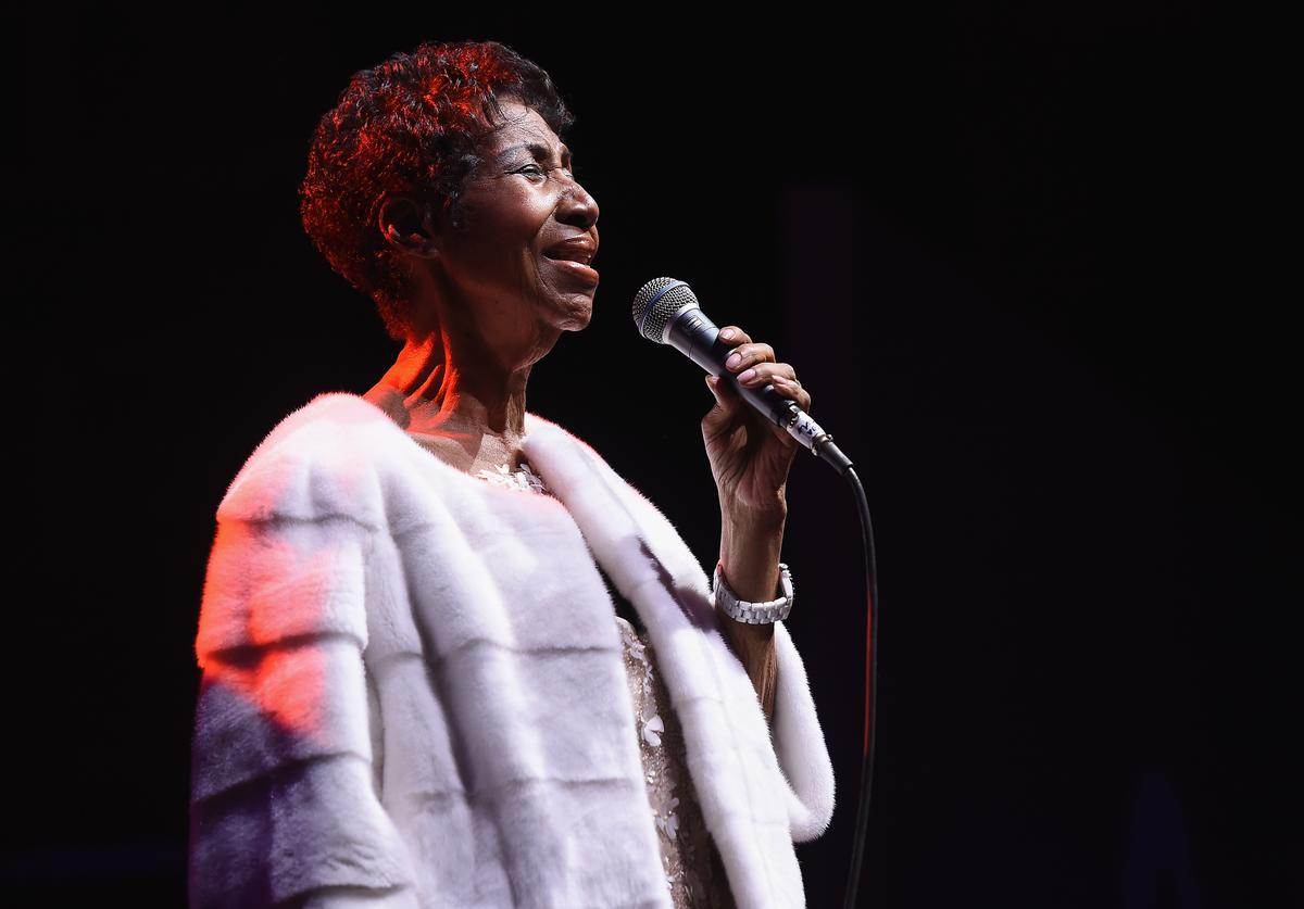 Aretha Franklin performs onstage at the Elton John AIDS Foundation Commemorates Its 25th Year And Honors Founder Sir Elton John During New York Fall Gala at Cathedral of St. John the Divine on November 7, 2017 in New York City
