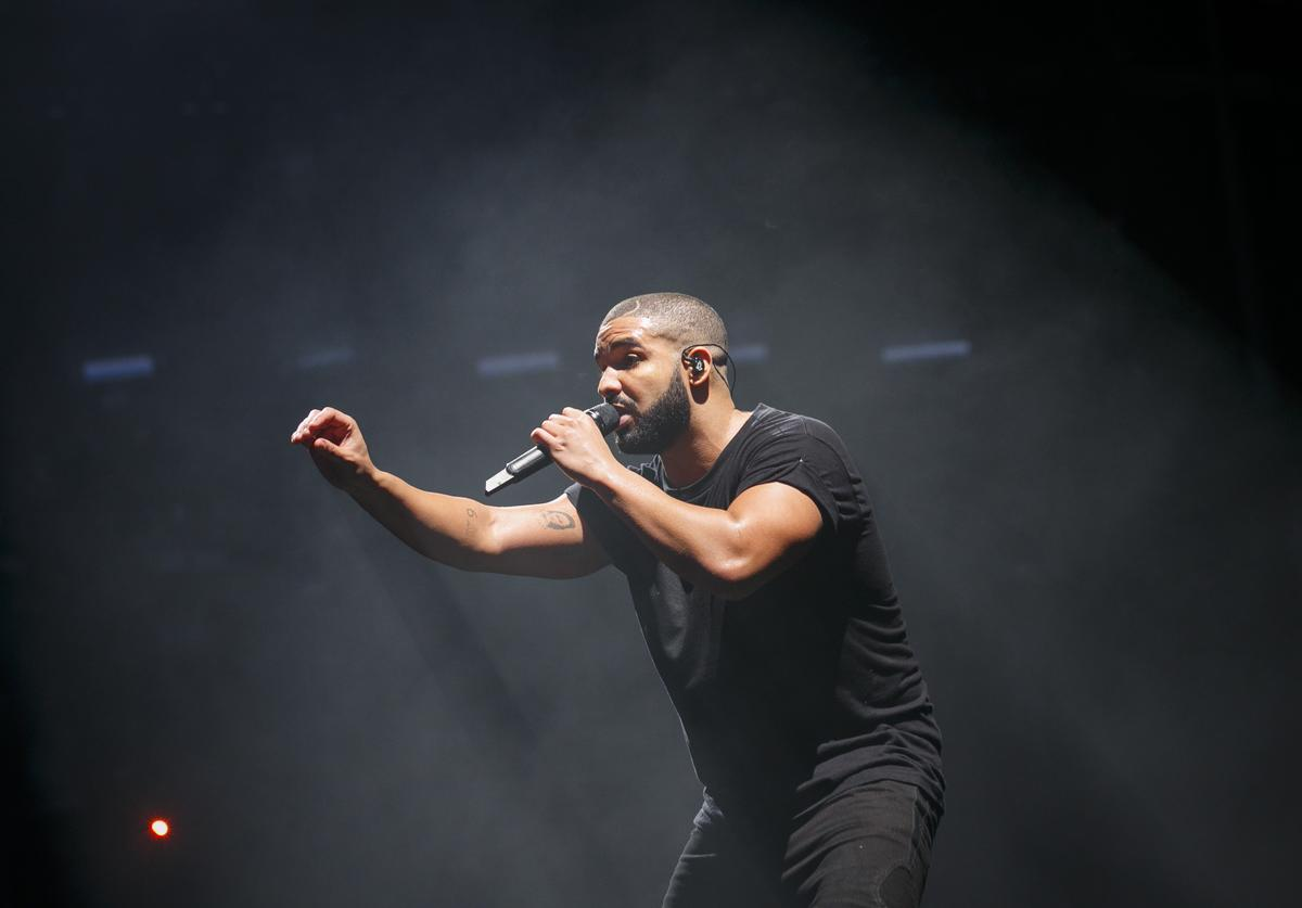 Drake performs at New Look Wireless Birthday Party