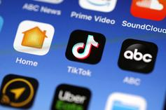 TikTok Apologizes After Blocking  #GeorgeFloyd & #BlackLivesMatter Hashtags