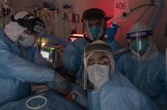 Study Suggests Hip-Hop Music Benefits Surgeons In The Operating Room
