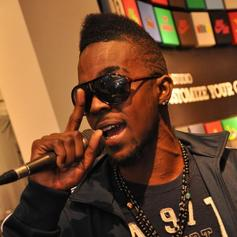 Roscoe Dash - Yes Girl Feat. J. Holiday