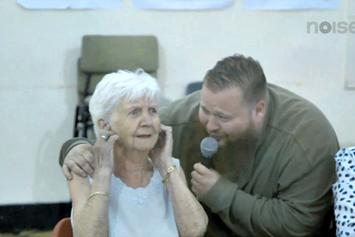 """Action Bronson """"Performs """"Strictly 4 My Jeeps"""" At An Old Folks Home"""" Video"""