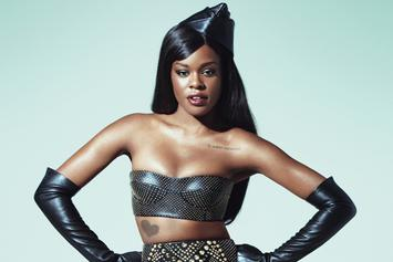 Azealia Banks Furiously Trashes Universal And 'Begs' To Be Dropped