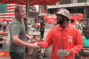 """Schoolboy Q Sells Copies of """"Oxymoron"""" In Times Square (Video)"""