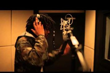 "Capital STEEZ Performs ""Vinyls"" In-Studio"