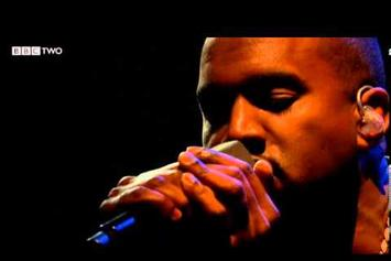 """Kanye West Performs """"Blood On The Leaves"""" Live On Jools Holland"""