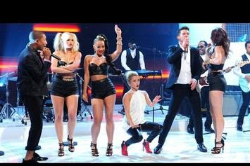 """Robin Thicke Feat. Pharrell """"""""Blurred Lines"""" Live On """"Graham Norton"""""""" Video"""