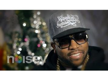 """Big Boi """"Reads """"How The Grinch Stole Christmas"""""""" Video"""
