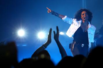 "Janet Jackson's ""Unbreakable"" Is Her 7th No. 1 Album"