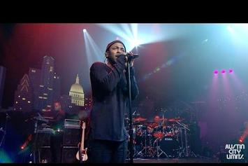 "Kendrick Lamar Performs ""Alright"" On Austin City Limits"
