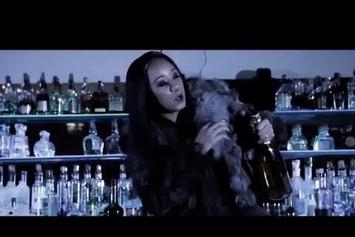 "Katie Got Bandz Feat. Jeremih, Chi Hoover ""Make Me Rich"" Video"