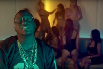 """Zoey Dollaz """"Couches"""" Video"""
