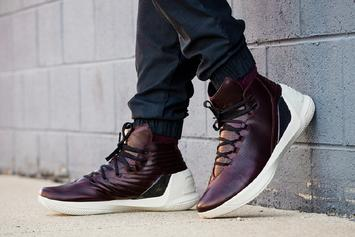 "Twitter Roasts Stephen Curry's ""Oxblood"" Under Armour Curry 3s"