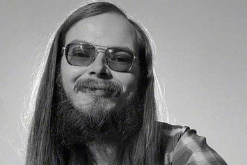 Hip Hop Mourns The Death Of Steely Dan's Walter Becker