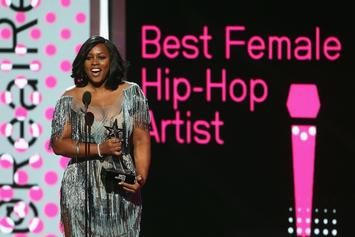 Remy Ma & Azealia Banks Trade Shots In Instagram Clap Back Session