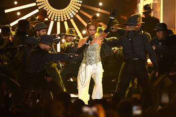 "DJ Khaled & Jennifer Lopez Unleash Electric Performance of ""Dinero"" At BBMAs"