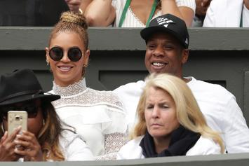Beyonce & Jay Z Are Still Enjoying Yacht Life In Italy