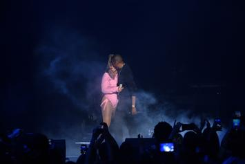 """Jay-Z & Beyonce Honor Aretha Franklin During """"On The Run II"""" Detroit Concert"""