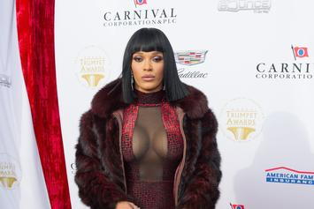 Joseline Hernandez Denies Tory Lanez Fling After Breast-Cupping Photo