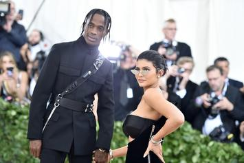 Kylie Jenner Shares Family Portrait With Travis Scott & Stormi For Thankgiving
