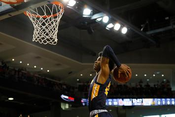 Murray State's Ja Morant Channels Vince Carter With Posterizing Dunk