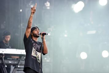 "6LACK Delivers A Strong Performance Of ""Pretty Little Fears"" On ""Jimmy Kimmel Live"""