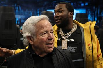 "Robert Kraft Reportedly Busted At ""Rub & Tug"": NFL Players, Fans React"