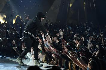 """Eminem Shatters Attendance Record: 81,000 Aussie Fans Join Together For """"Lose Yourself"""""""