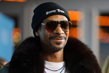 "Snoop Dogg Roasts Tupac Looking Fast Food Employee: ""Big MACavelli"""