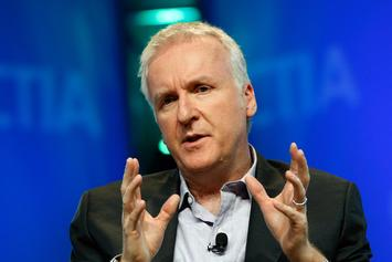 "James Cameron Congratulates ""Avengers: Endgame"" For Beating ""Titanic"" Record"