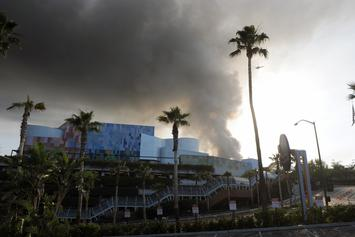Universal Fights Back Claims 2008 Fire Destroyed Eminem & Tupac's Masters