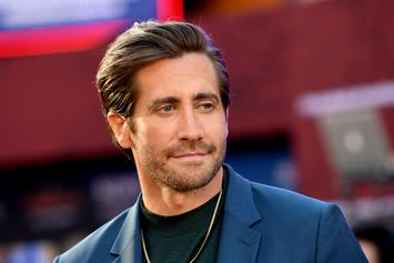 "Jake Gyllenhaal Dons Mysterio Bowl For Post ""Spider-Man"" Bender"
