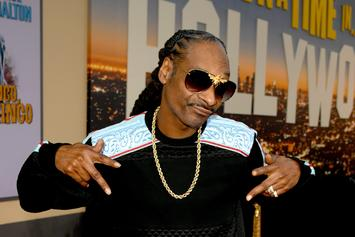 Snoop Dogg Smokes A Blunt In The Nude For Fake ESPN Cover