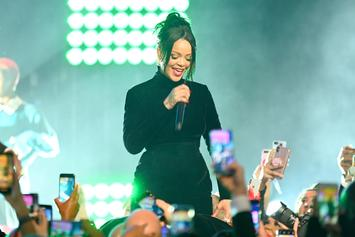 Rihanna Hints That She Might Be Pregnant, Fans Lose Their Minds