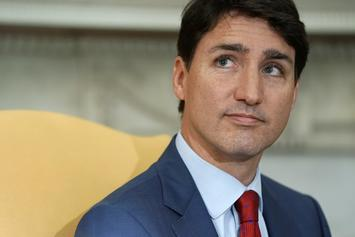 "Canadian Prime Minister Justin Trudeau Apologizes For ""Brownface"" Photo"