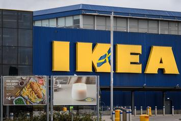 IKEA Apologizes For Serving Jerk Chicken & Peas Dish After Receiving Major Backlash