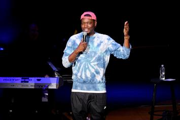 """Michael Che's """"SNL"""" Bit Comparing Kanye West To Caitlyn Jenner Has People Up In Arms"""