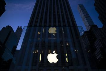 """Apple Smart Glasses To Replace iPhones In """"Roughly A Decade"""""""