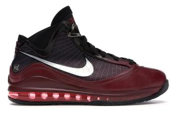 """Nike LeBron 7 """"Christmas"""" Rumored Release Date Revealed: Details"""