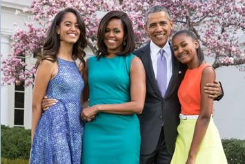 Obama Family's Thanksgiving Photo Shows Daughters Are All Grown Up