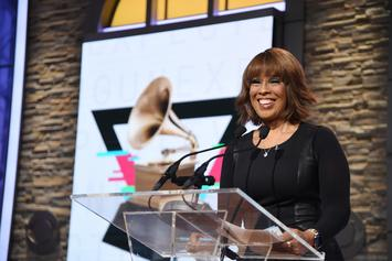 """Gayle King Shares Photos In """"Celebration Of Cellulite Cottage Cheese Thighs"""""""